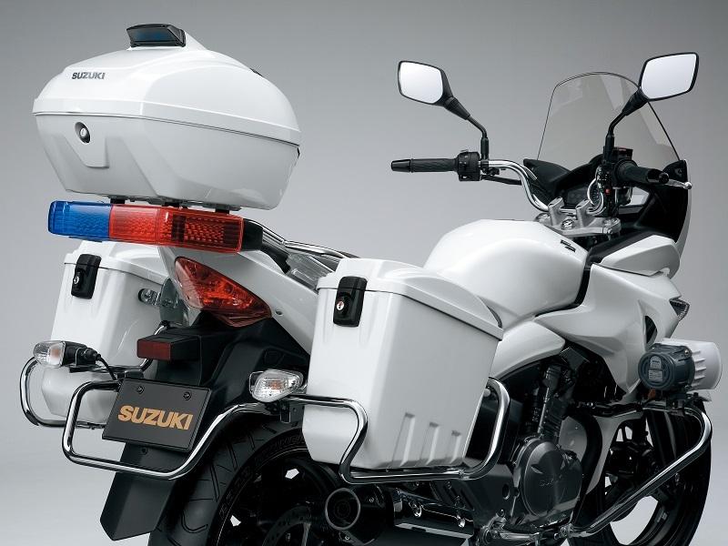 Suzuki 2R - INAZUMA POLICE